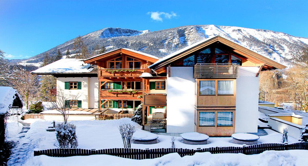 hotel in unken salzburger land 4 landhotel sch tterbad. Black Bedroom Furniture Sets. Home Design Ideas